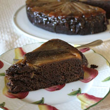 The-Conscious-Kitchen-0103-Pear-Gingerbread-Upside-Down-Cake