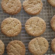 Oatmeal Digestive Biscuits (gluten-free)